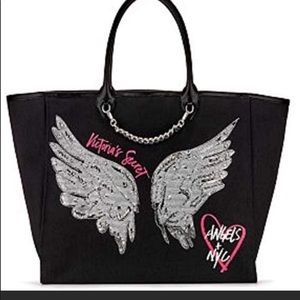 VS SECRET FASHION SHOW WING BLING TOTE NWT ❤️